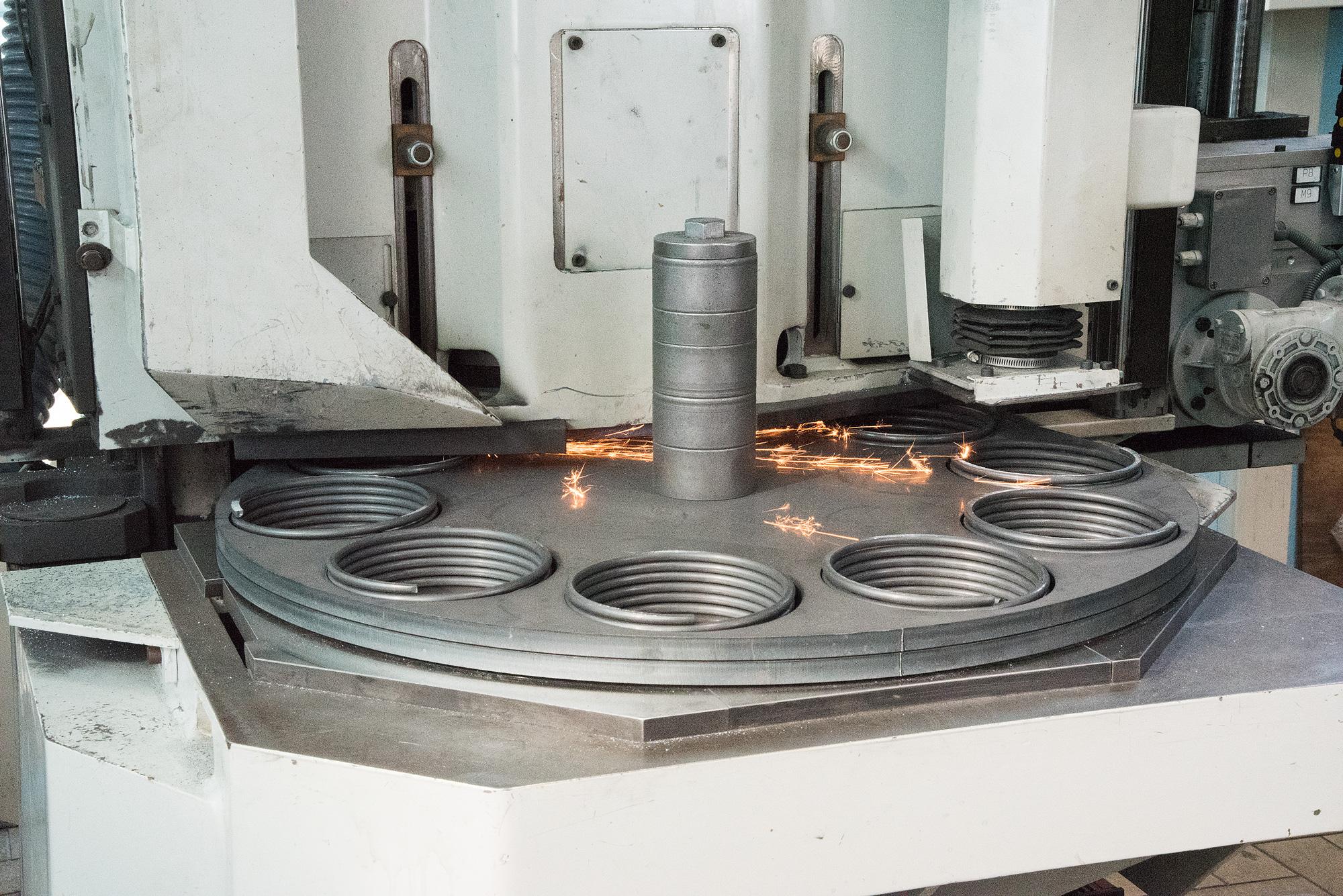 fabbrica-produttore-molle-industria-meccanica-mollificio-astigiano-belveglio-asti-italia